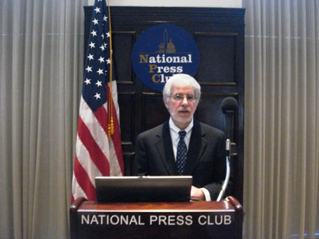 Bruce Rosenstein at Podium - Natl Library Week Event 2010 - National Press Club